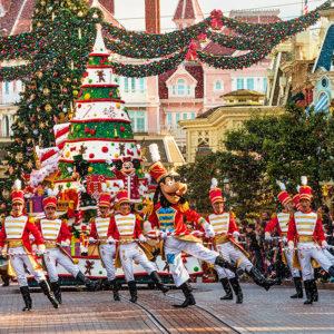 Disneyland-Christmas