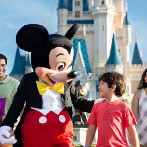 Disneyland_Park-1024x576